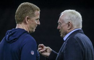 Jason Garrett y Jerry Jones
